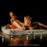 Dormir avec les poupées - Annliz Bonin / anXiogène - photo Alban Van Wassenhove